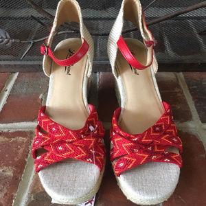 NWT Lucky Brand Sz 7.5 Boho Sandals Wedges